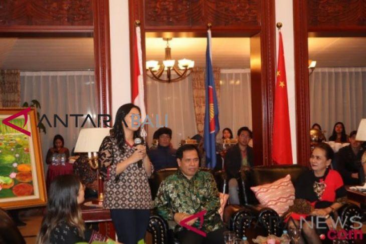 Livi Zheng suguhkan film Bali di China
