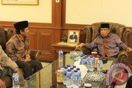 Rektor UNIS Tangerang Nyalon Rektor UNTIRTA