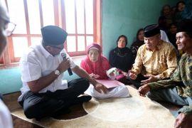 Gubernur Banten Berikan Santunan Bagi 29 Perintis Kemerdekaan
