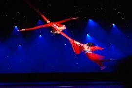 Pertunjukan Akrobatik Ramaikan Imlek di Tangcity
