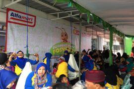 Alfamart Bagikan Makanan Sehat Bagi 1.500 Balita