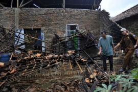 Pemkot Tangerang Salurkan Bantuan Korban Gempa Lebak