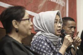 Warga Datangi KPU Banten Pertanyakan Pendaftaran DPD-RI