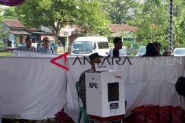 KPU Kenalkan Kotak Suara Transparan Kepada Masyarakat