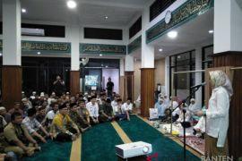 Safari Ramadhan Airin Sosialisasikan