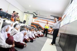 Siswa SD Antusias Kenali Tol Tangerang-Merak
