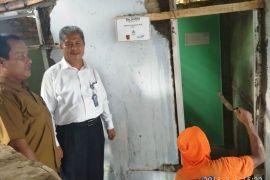BUMN Hadir - Bedah Rumah Digelar di Kelurahan Sukaratu Pandeglang
