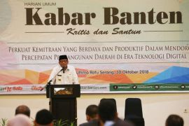 Gubernur : Pers Dorong Kemajuan Pembangunan Dan Mencerdaskan Masyarakat