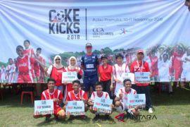 Sepak Bola - Coke Kicks Berhasil Lahirkan Pemain Berbakat