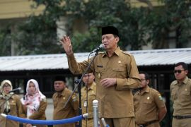 Gubernur Banten Ajak Pegawai Gemar Sedekah