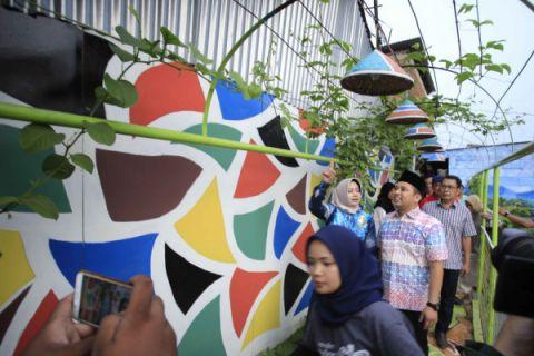 Arief: Kampung Markisa Sajikan Kuliner - Edukasi Tanaman
