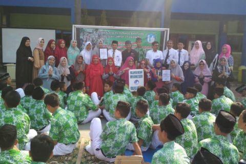 Siswa SMP Al-Azhar Cilegon Simulasi Mitigasi Bencana