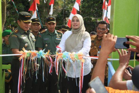 Jembatan Gantung Pasir Eurih Hidupkan Perekonomian Kecamatan