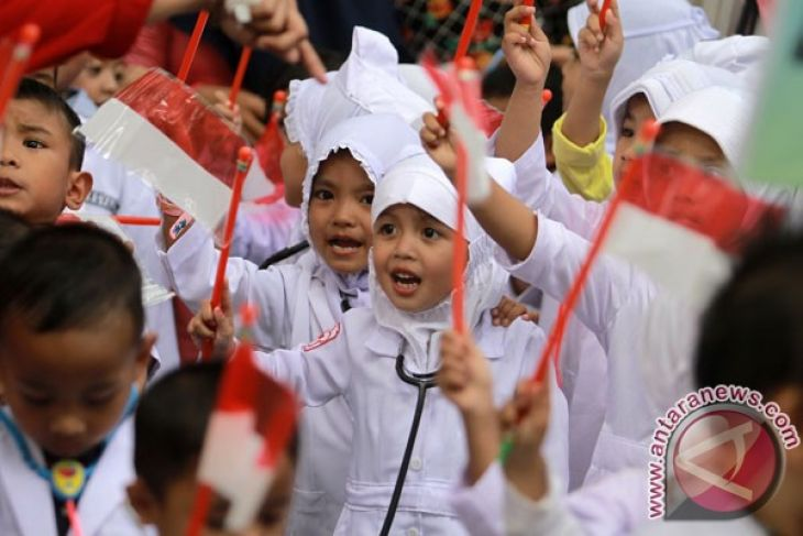 Pemprov Targetkan Lima Tahun Selesaikan Layanan Pendidikan