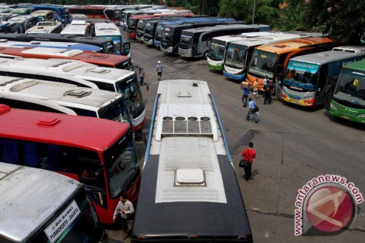 Terminal Bus Mandala Berangkatkan Puluhan Ribu Penumpang