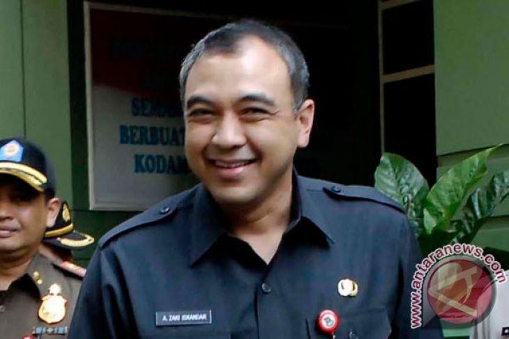 Petahana Daftar Ke KPU Tangerang Hari Terakhir