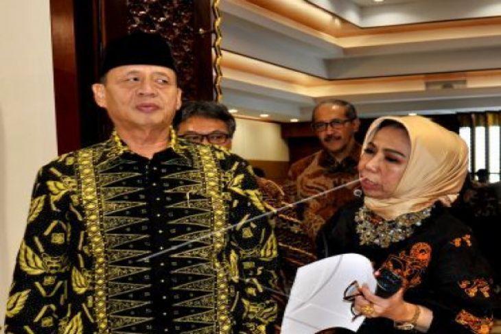 Gubernur Banten Lantik Lima Pejabat Hasil Lelang