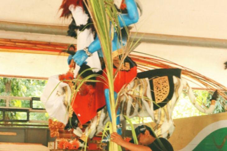 Umat Hindu Banten Pawai Ogoh-Ogoh Sambut Nyepi