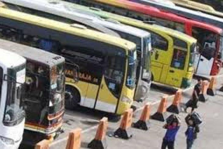 Arus Mudik - Supir Bus di Mandala Keluhkan Jumlah Penumpang
