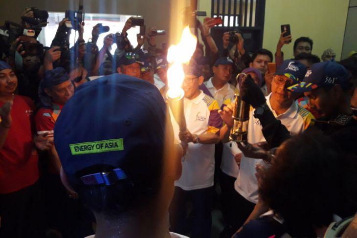Asian Games - Ribuan Warga Serang Sambut Kirab Obor