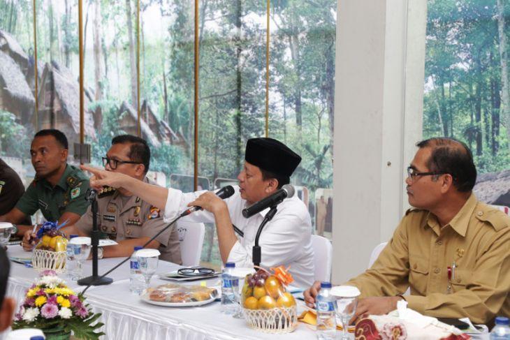 Gubernur  Banten Nilai  Pembangunan KEK Tanjung Lesung Lambat