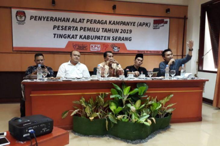 KPU Kabupaten Serang Serahkan Alat Peraga Kampanye