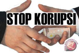 Mantan Kadis PU didakwa korupsi pengadaan lampu