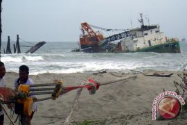 Pengamat: Penenggelaman kapal asing sesuai UU