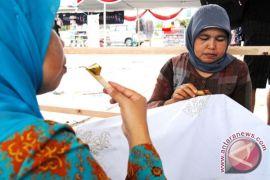 Bengkulu undang negara sahabat hadiri karnaval batik besurek