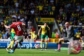 Mourinho: Mata harus perjuangkan tempatnya di tim inti United