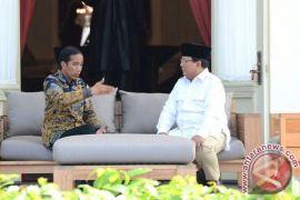 #BersihkanIndonesia tantang capres-cawapres tinggalkan energi batu bara