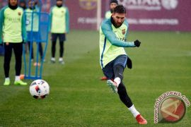 Messi Teken Kontrak Baru Dengan Barca Sampai 2021