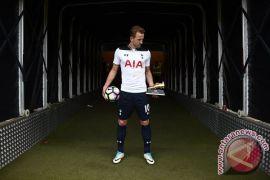 Wenger ikut puji pencapaian rekor gol Kane