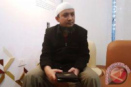 Mahfud: Seharusnya, tidak ada yang menyulitkan polisi dalam kasus Novel