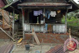 Rehabilitasi rumah warga miskin di Mukomuko selesai 2018