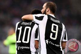 Higuain catatkan trigol saat Juve hancurkan Sassuolo
