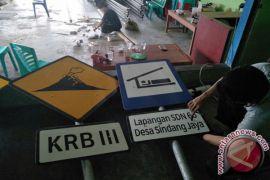 BPBD Pasang Rambu Peringatan Bencana Gunung Berapi