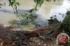 Mukomuko programkan pelebaran aliran sungai