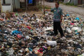 DLH programkan Mukomuko bebas dari sampah