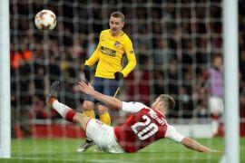 Hmmm, 10 pemain Atletico imbangi Arsenal