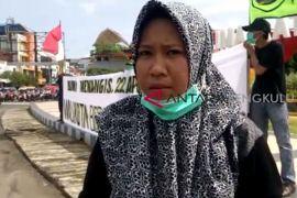 Aktivis : Jangan pilih kandidat wali kota pro-tambang
