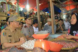 Gubernur Bengkulu pantau harga kebutuhan pokok