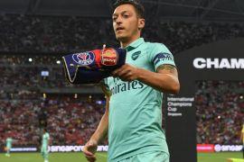 Ozil tampil ciamik saat Arsenal permalukan PSG