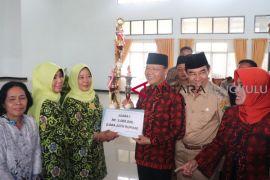 Gubernur ajak warga manfaatkan pekarangan rumah
