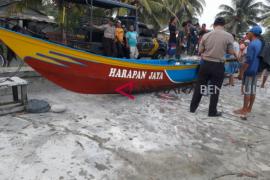 Nelayan Bengkulu Selatan tewas diterjang ombak