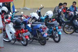 Klub motor C70 salurkan bantuan korban gempa
