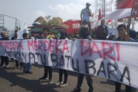 Merdekakan Indonesia dari PLTU batu bara