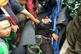 Pendaki nyaris tewas terjatuh di Bukit Kaba