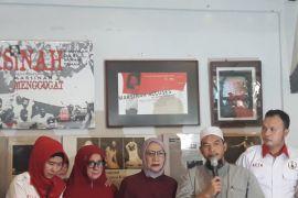 Ratna Sarumpaet diberhentikan sebagai jurkamnas Prabowo-Sandiaga