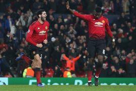 Manchester United menang dramatis berkat gol injury time Fellaini